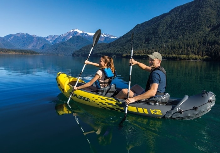 Image of a couple having fun in their Intex Explorer K2