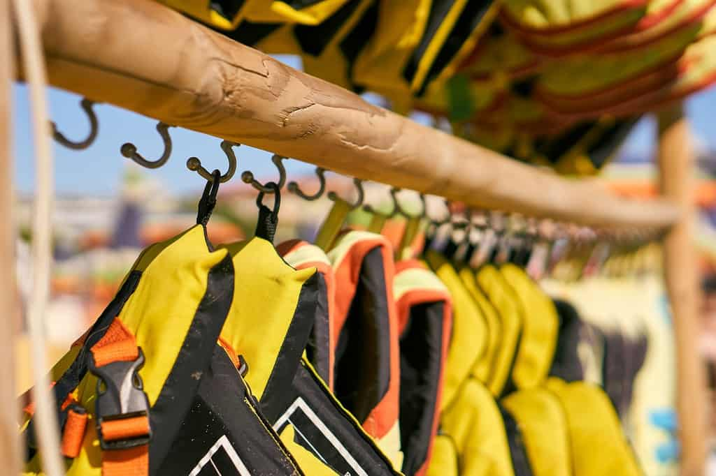 How To Choose A PFD Or Life Jacket