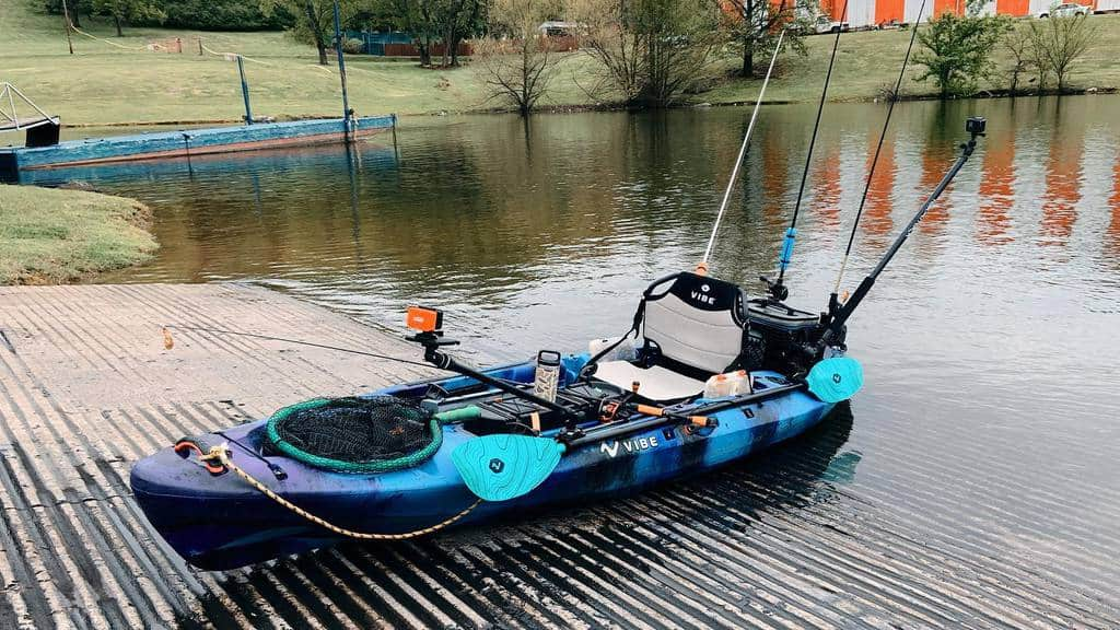 Picture of the Sea Ghost 110 fully equipped to go fishing