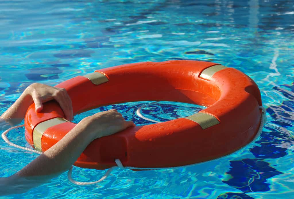 Water Safety [Complete Guide] − Don't Be A Statistic